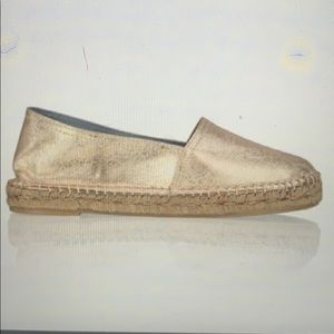 Maypol slip on shoes